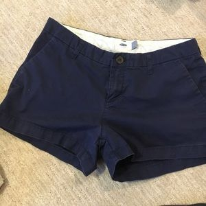 Old Navy shorts size 2 navy color